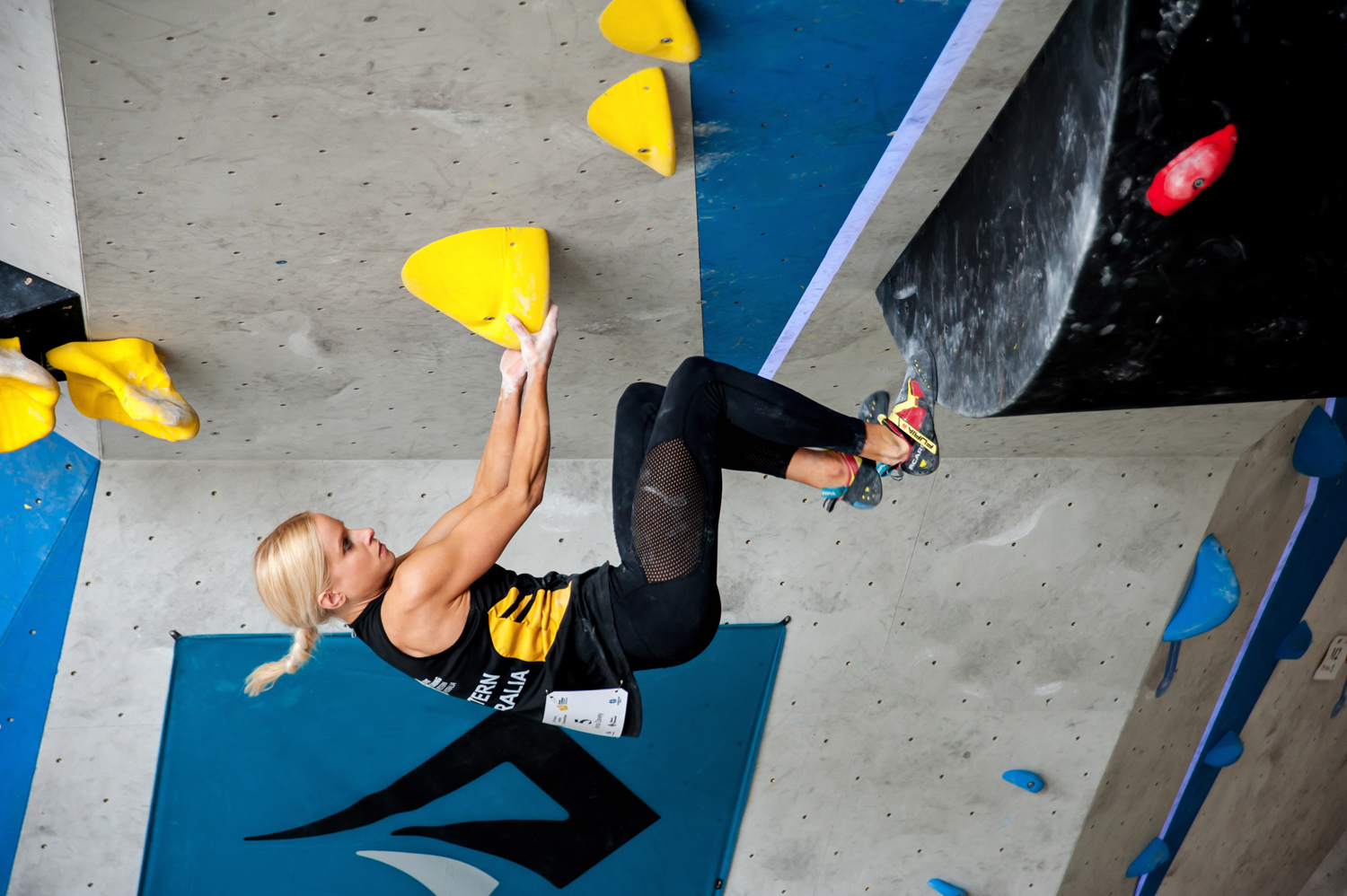 Climbing Rocks Professional Climbing Photography Competition Open Bouldering Championships 2019 (1) Anna Davey