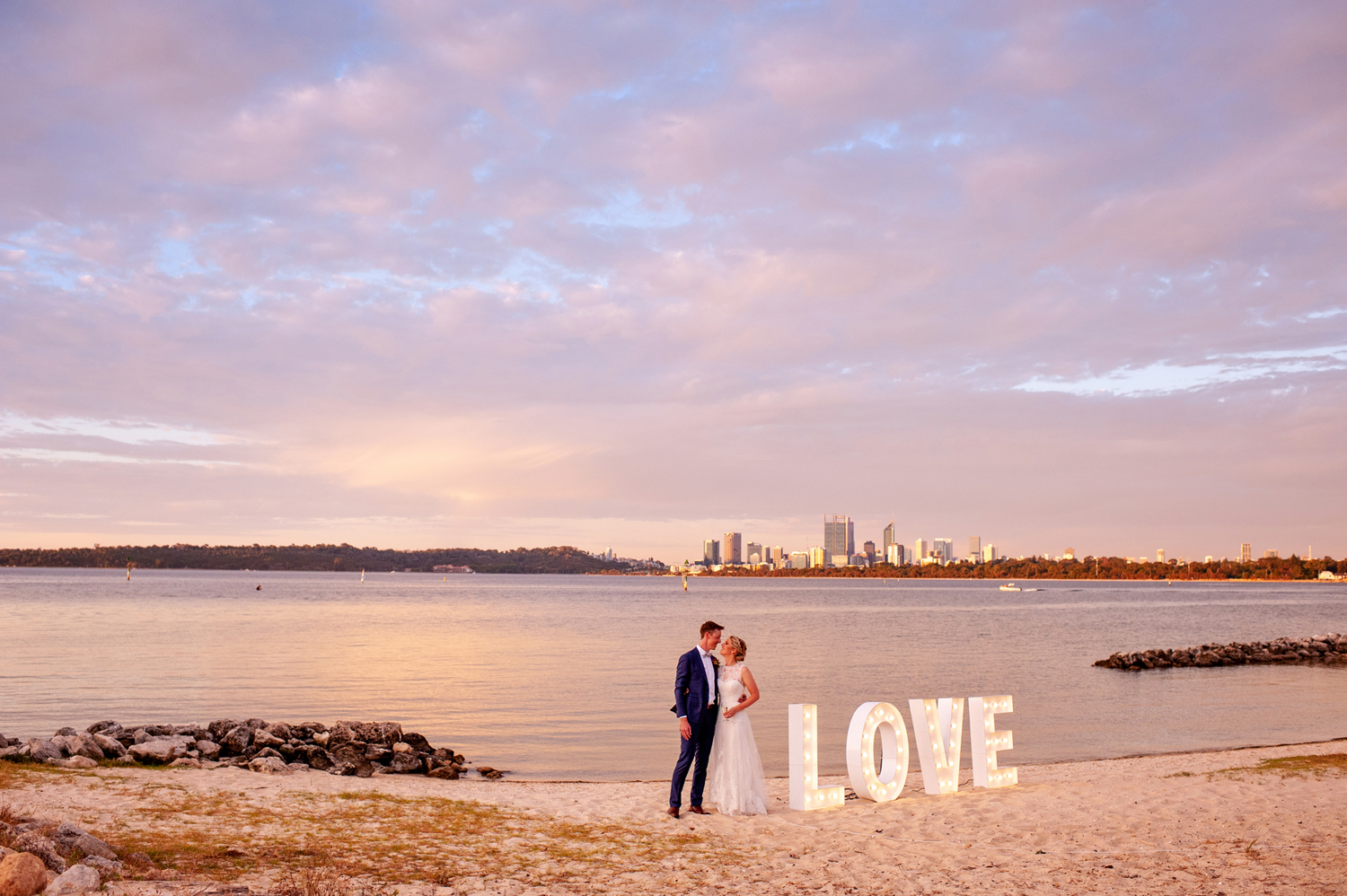 Perth Wedding Photographer Deanna Whyte Photography Natural Photos (39)